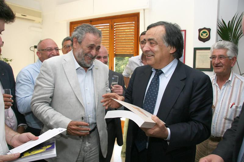 Sindaco Prof. Leoluca Orlando, Dott. Pietro Tolomeo Dirigente Generale Corpo Forestale