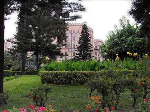 Villa d'Orleans gestita da Presidenza Regione 1