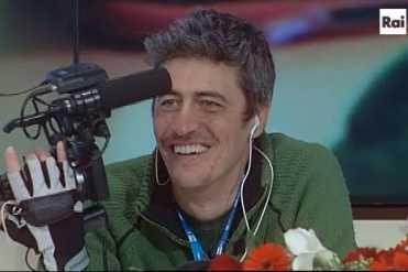 Non potevamo mancare alla conferenza stampa che si è tenuta oggi presso la Sala Stampa Ariston Roof e che precede la prima di uno degli eventi più seguiti dagli italiani, il Festival di Sanremo. Soprattutto, in considerazione del fatto che sarebbe intervenuto Pif, Pierfrancesco Diliberto, il regista siciliano, conduttore su MTV del programma il Testimone