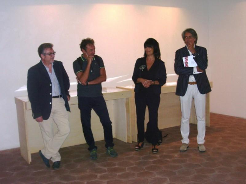 Mostra INSERIES Da sinistra Salvatore Lo Giudice Carmelo Nicosia Anna Guillot Virgilio Piccari