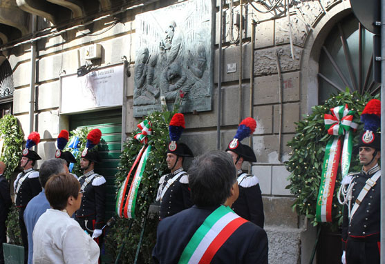 commemorazione dalla chiesa