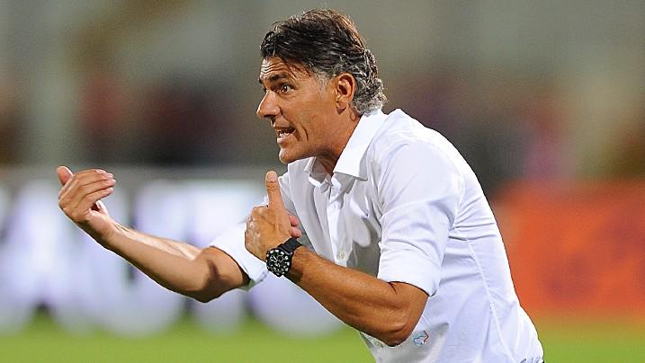 l'allenatore del Catania Maurizio Pellegrino