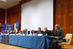 Palermo – Il mondo delle professioni si unisce e organizza un incontro sul tema dell'etica professionale in collaborazione con il Rotary Club. L'evento nato da un'idea dell'Ordine degli ingegneri condivisa con gli enti rappresentativi di architetti, agronomi, avvocati, commercialisti, consulenti del lavoro, farmacisti, medici, geometri, biologi, chimici, geologi, giornalisti, notai e psicologi ha avuto luogo