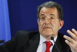 """Palermo – Romano Prodi ha presenziato, per la seconda volta, la settimana Alfonsiana. Il suo intervento """"Politica Mondiale e Mediterraneo"""" si è aperto con una riflessione sui recenti discorsi di Papa Francesco svolti al Congresso degli Stati Uniti e all'Assemblea delle Nazioni Unite. Prodi ne ha sottolineato la straordinaria apertura e intelligenza politica e ha"""