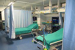 """M5S: """"Rete ospedaliera siciliana, dimezzate le postazioni del 118, 103 comuni senza ambulanza entro l'anno"""""""