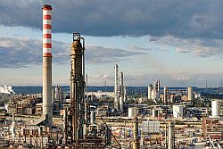 sindacati su industria petrolchimica