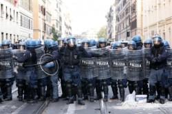 Accorato appello del Coisp al Capo della Polizia Gabrielli sullo stato delle condizioni delle dotazioni dei poliziotti