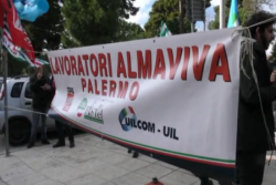 """Palermo 8 novembre 2016 – """"Quello firmato con Exprivia, per il passaggio dei 297 lavoratori, è un buon accordo che assicura i posti di lavoro alle condizioni quasi simili a quelle che gli operatori del call center avevano in Almaviva. In questo modo saranno azzerati i trasferimenti a Rende. L'accordo dà continuità al lavoro e"""