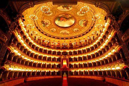 Catania-teatro-bellini-interno URL IMMAGINE SOCIAL